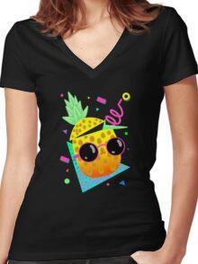 Piña Coolada Women's Fitted V-Neck T-Shirt