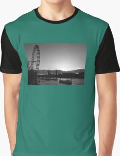 London...blink of a moment...caught it... Graphic T-Shirt