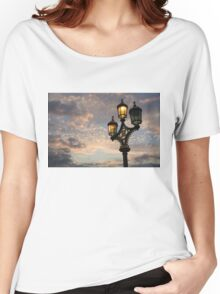 One Light Out - Westminster Bridge Streetlights, River Thames in London, UK Women's Relaxed Fit T-Shirt