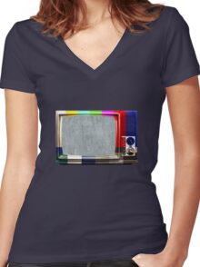 No signal TV Women's Fitted V-Neck T-Shirt
