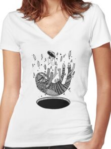 Black hole Women's Fitted V-Neck T-Shirt