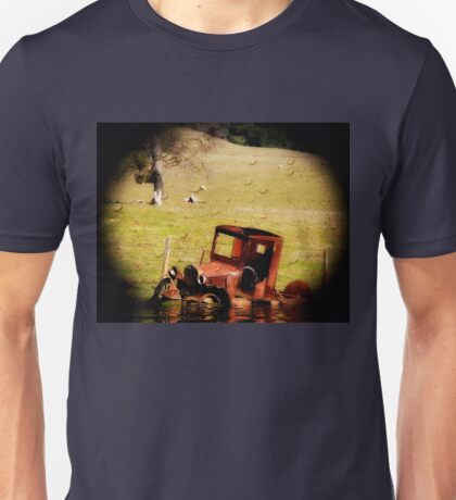 I Spy with my Telescopic Eye a Ford Rusting in Peace... Unisex T-Shirt