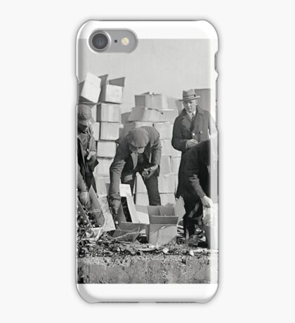 FEDERAL POLICE DESTROY PROHIBITION LIQUOR 1923 iPhone Case/Skin