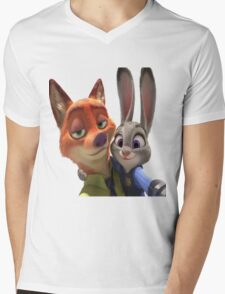 Zootopia Selfie Mens V-Neck T-Shirt