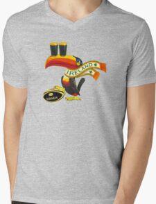 GUINNESS IRISH RUGBY AMERICAN FOOTBALL Mens V-Neck T-Shirt