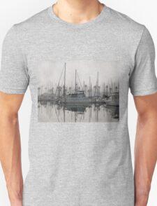 Fog in the marina Unisex T-Shirt