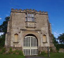 Spye Park Gatehouse by lezvee