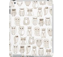 Vintage brown white cute funny little owl pattern iPad Case/Skin