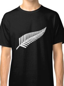 All Blacks - fearn Classic T-Shirt