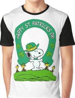 Snoopy - st patrick's day Graphic T-Shirt