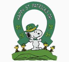 Snoopy - st patrick's day Kids Tee