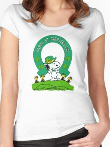 Snoopy - st patrick's day Women's Fitted Scoop T-Shirt
