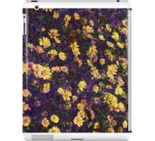 Cool, unique modern nature daisy floral pattern art design iPad Case/Skin