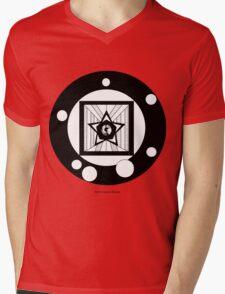 Eyestar Mens V-Neck T-Shirt