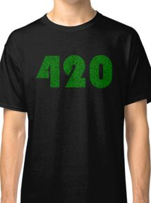 420 Weed Leaf Pattern Classic T-Shirt
