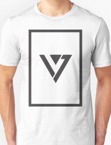 Seventeen Logo framed black Unisex T-Shirt