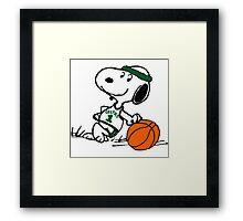 Snoopy basketball Framed Print