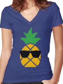 Piña Cool-ada Women's Fitted V-Neck T-Shirt