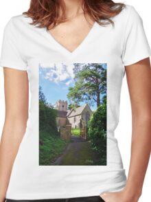 Puckington Women's Fitted V-Neck T-Shirt