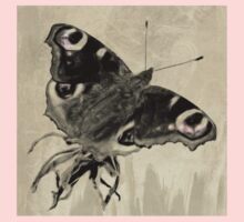 Wetnose Butterfly, Peacock Sepia Kids Tee