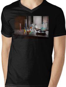 Science - Chemist - Chemistry Equipment  Mens V-Neck T-Shirt