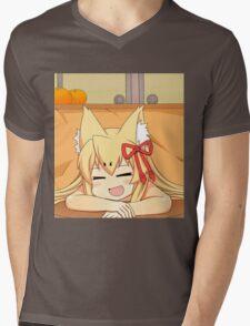 Tamamo   MGQ Mens V-Neck T-Shirt