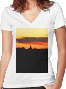 Farm Silhouette In Sunset Women's Fitted V-Neck T-Shirt