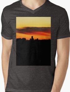 Farm Silhouette In Sunset Mens V-Neck T-Shirt