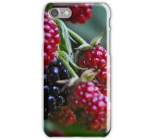 Berrys, red and Black, natur iPhone Case/Skin
