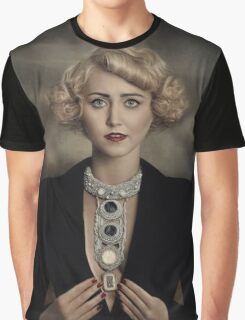 Paula Walks Graphic T-Shirt