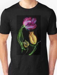Tulpen,rot und gelb auf schwarzem Grund Unisex T-Shirt