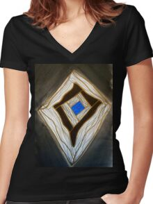 Blue Box Women's Fitted V-Neck T-Shirt