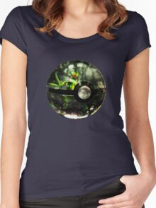 Pokeball - Sceptile Women's Fitted Scoop T-Shirt
