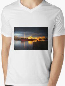 Edinburgh Evening News 09.03.2016 Mens V-Neck T-Shirt