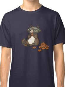 Funny little raccoon eating cookies Classic T-Shirt
