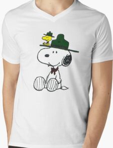 Snoopy - Penuts Mens V-Neck T-Shirt