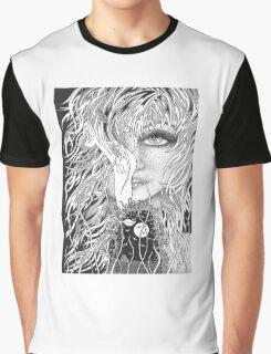 come closer Graphic T-Shirt
