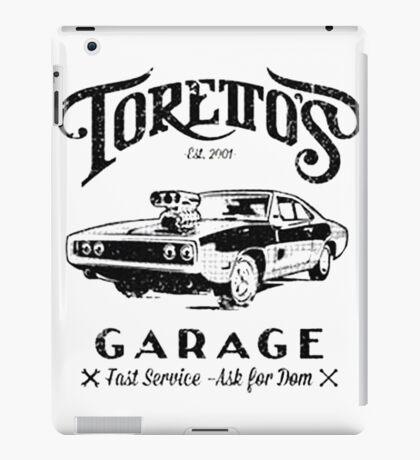 Torettos Garage iPad Case/Skin