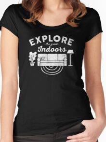 Explore the Great Indoor Women's Fitted Scoop T-Shirt