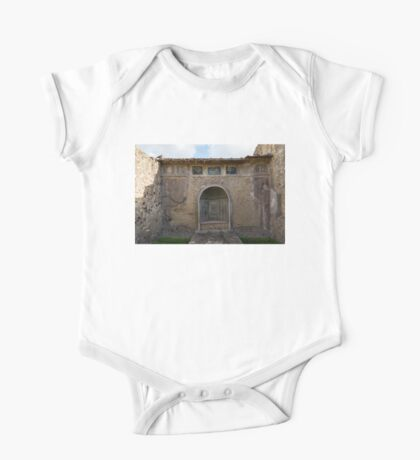 Herculaneum House - Elegant Arched Alcove and Mosaic Wall Art One Piece - Short Sleeve