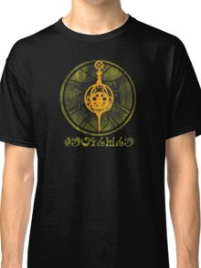 Witch's Kiss: Patricia Classic T-Shirt
