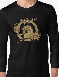 makin bacon pancakes Long Sleeve T-Shirt