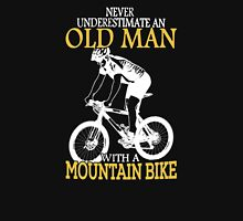 Never Underestimate an old man Unisex T-Shirt