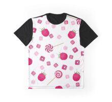 Raspberry lollipops, candy and chewing gum seamless pattern background Graphic T-Shirt