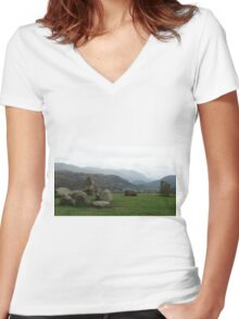 Castlerigg Stone Circle Women's Fitted V-Neck T-Shirt