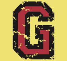 Letter G (Distressed) two-color black/red character One Piece - Short Sleeve
