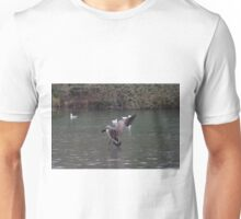 Canada Goose coming in to land Unisex T-Shirt