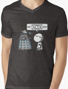 Marvin meets Who? Mens V-Neck T-Shirt