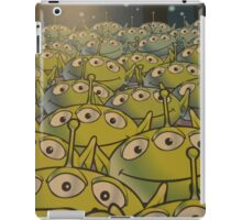 Little Green Men Friendly 3 Eyed Aliens  iPad Case/Skin