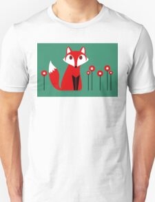 LONE FOX IN GARDEN Unisex T-Shirt